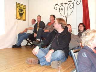 Zuschauer auf der Bühne
